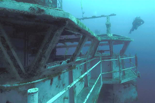 Artificial Reefs Go Big Or Go Home That Fish Blog