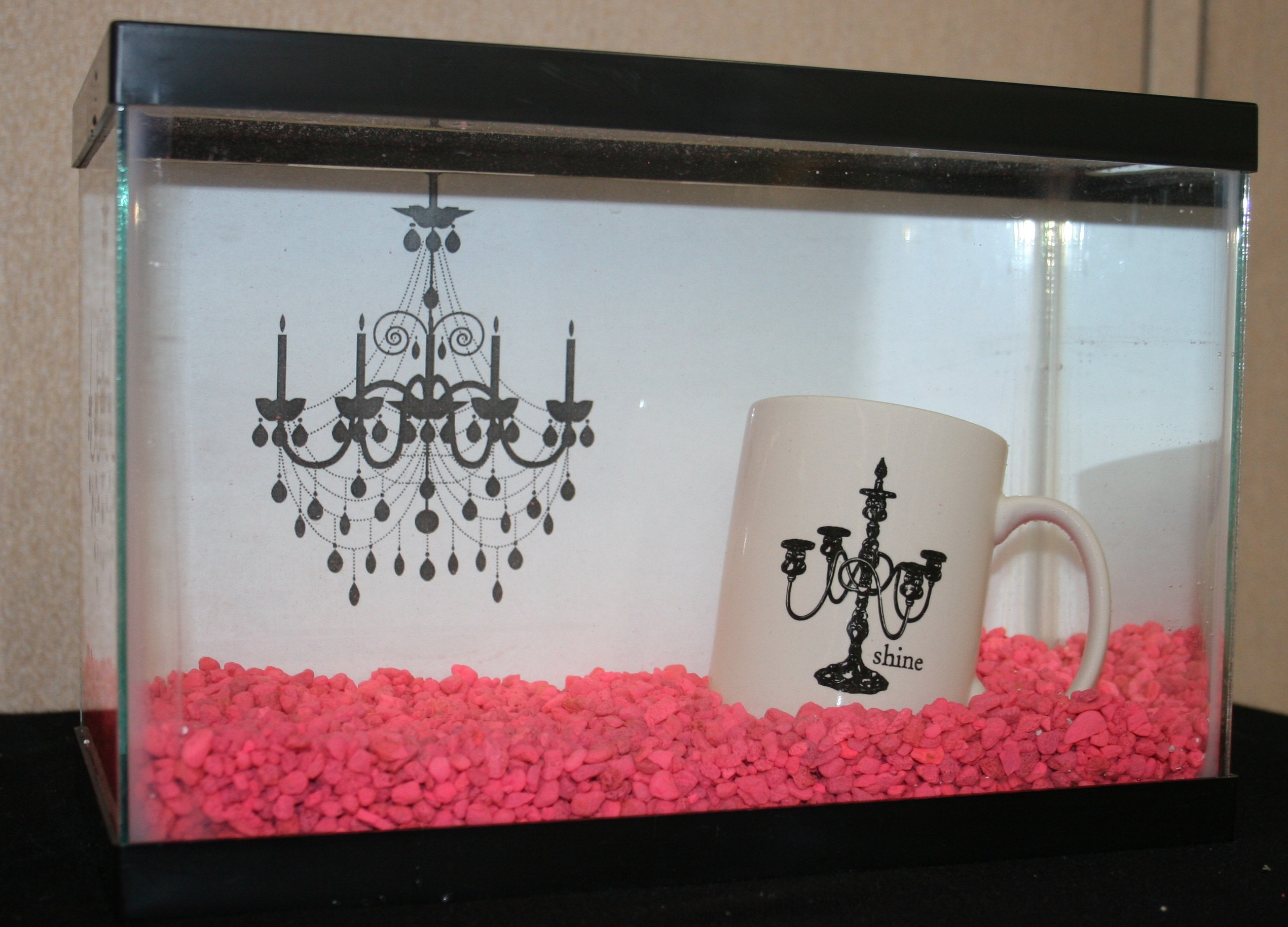 Image gallery homemade fish tank decorations for Homemade fish tank decoration ideas